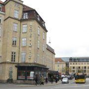 Milling Hotel Ritz - facade mod Banegårdspladsen
