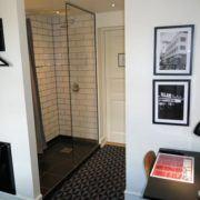 Milling Hotel Ritz - blik til badeværelse