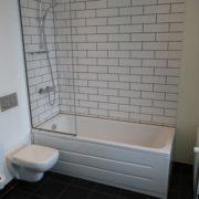 Milling Hotel Ritz - stort dobbeltværelse, badeværelse med badekar