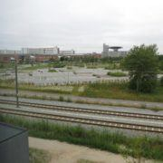Zleep Hotel Skejby, jernbanesporene og sygehuset