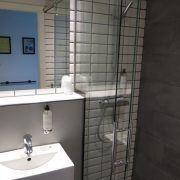 Meget lækkert badeværelse